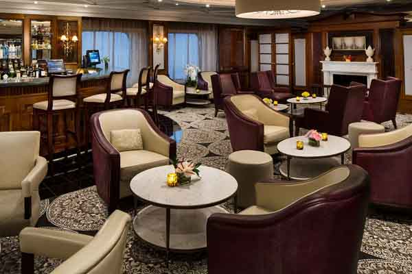 Discoveries Lounge on Azamara Quest