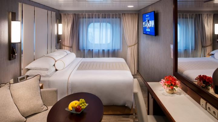 Club Oceanview Stateroom (Obstructed View)