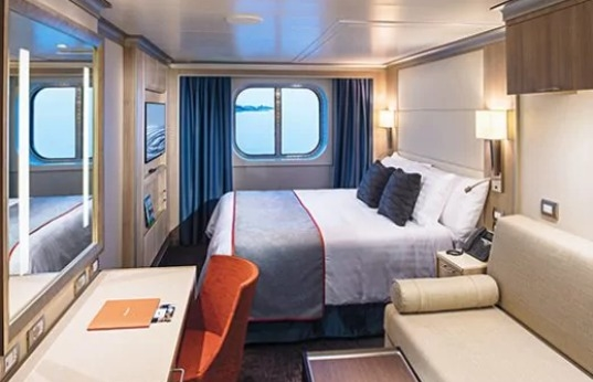 Family Oceanview Stateroom – [FA]