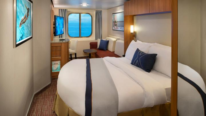 Ocean View Stateroom – [08]