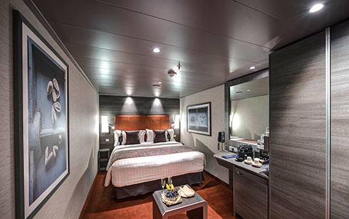 Yacht Club interior Suite – [YIN]