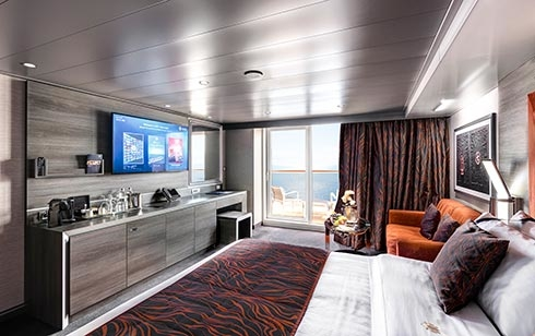 Yacht Club Deluxe Suite – [YC1]