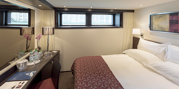 Deluxe Stateroom – [D]