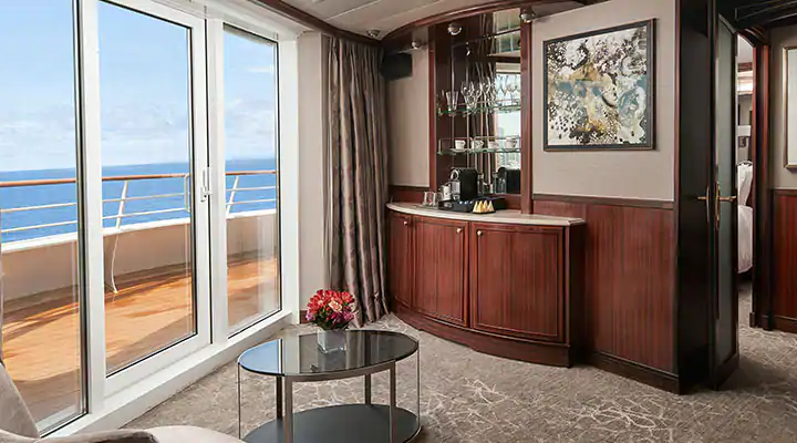 Aft-Facing Penthouse with Master Bedroom & Large Balcony – [SD]