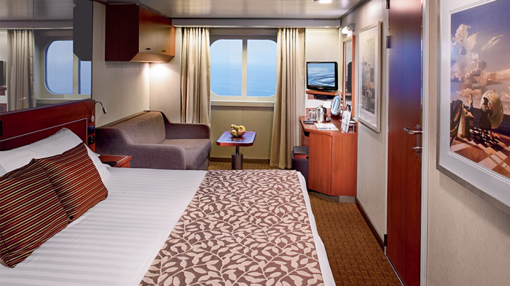 Large Ocean view Spa Stateroom – [CQ]