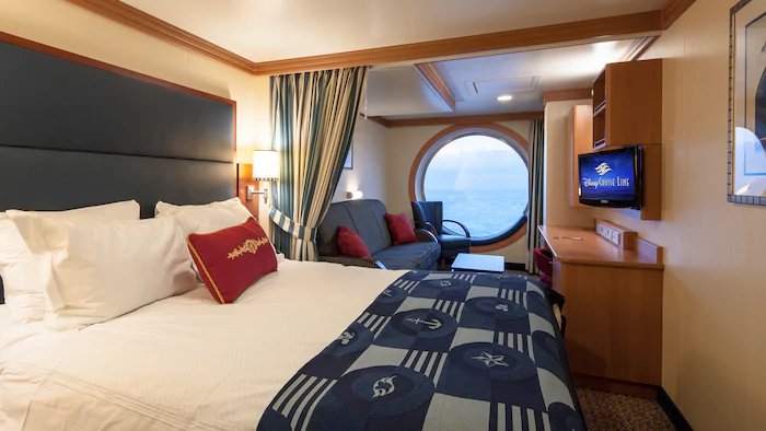 Deluxe Family Oceanview Stateroom – [08A]